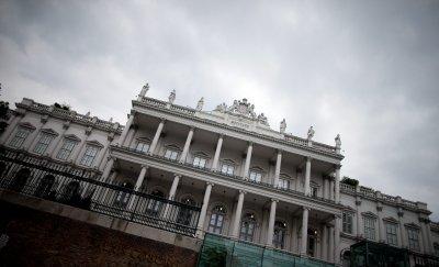 Виена с предупреждение: Не пътувайте до България
