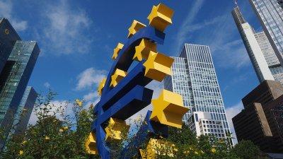 ЕЦБ: Преди еврото, България да стабилизира икономиката си
