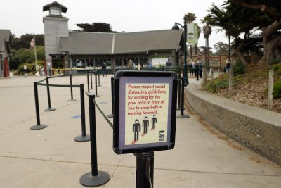 Калифорния връща ограниченията заради ръст на заразени с COVID-19