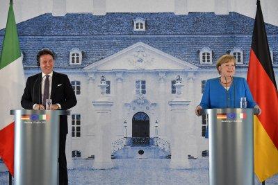 Ангела Меркел и Джузепе Конте обсъдиха възстановяването на ЕС от пандемията