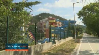 Аквапаркът в Благоевград тъне в разруха