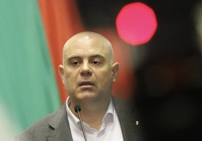 Иван Гешев твърдо отсече: Няма да подам оставката си