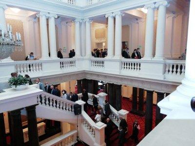 БСП внесе вота на недоверие срещу кабинета. Темата: Корупцията