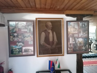 С изложба в Бяла отбелязват 220 г. от рождението на майстор Колю Фичето