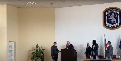 Иван Гешев награди Младен Маринов за приноса му към дейността на прокуратурата