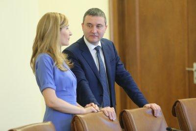 Горанов и Ангелкова ще могат да се върнат като депутати в НС