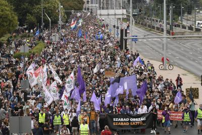 Демонстрации в защита на свободата на словото в Унгария