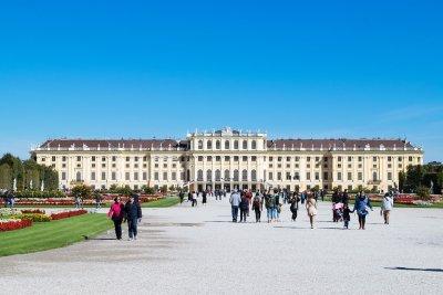 Австрия въвежда нови мерки за пристигащи граждани от България