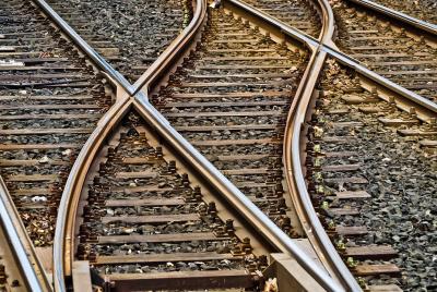 Един загинал и 30 ранени при катастрофа на влак в Португалия