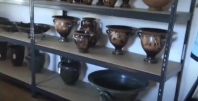 5934 са вече иззетите предмети от офиса на Васил Божков