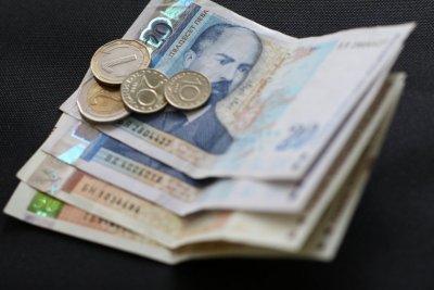 Изплащането на пенсиите и добавката от 50 лв. към тях започва на 7 август