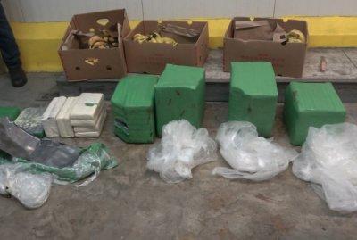 В Гърция: Куче откри над 70 кг кокаин в контейнер с банани