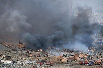 Най-малко 10 жертви и стотици ранени след две експлозии в Бейрут