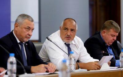 Валери Симеонов: Правителството остава. Премиерът остава същият