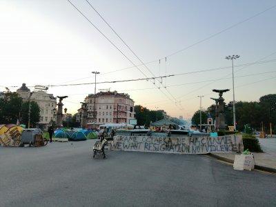 Спокойна е обстановката при палатковите лагери в София