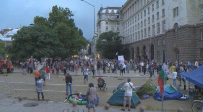 Един месец протести в София - исканията остават същите