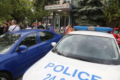 Освободени са всички задържани при премахването на палатковите лагери в София