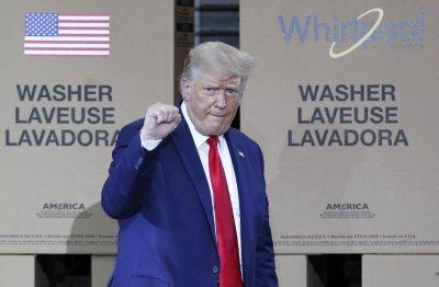 Тръмп наложи 10% мита върху канадски алуминий