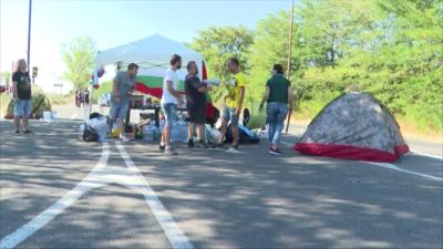 Пети ден: Пътят Стара Загора - Хасково остава блокиран