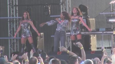 Музикални звезди от 90-те години излизат на сцената в Бургас