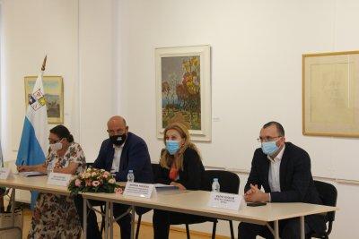 Министърът на туризма се срещна с представителите на бизнеса в Поморие