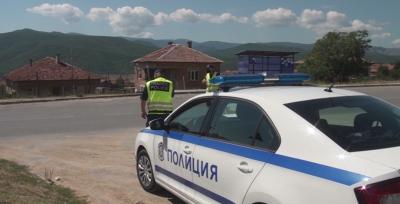 Седем арестувани след спецакция в карловски села