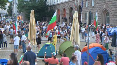 НА ЖИВО: 37-и ден на протест: Остават блокирани три столични кръстовища