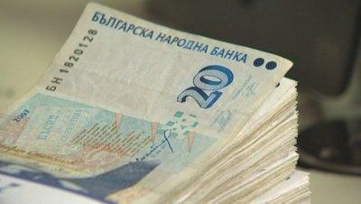 Социалното министерство отпуска една минимална заплата за семейства с деца до 14 г.