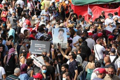 """Франция иска """"бързо формиране"""" на ново ливанско правителство"""