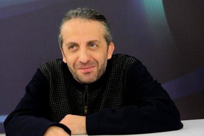 Мариус Куркински представя юбилейния си спектакъл на Аполония