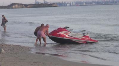 В Крайморие показаха как се спасява удавник с джет
