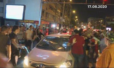 Ще остане ли в ареста един от задържаните за инцидента пред Румънското посолство?