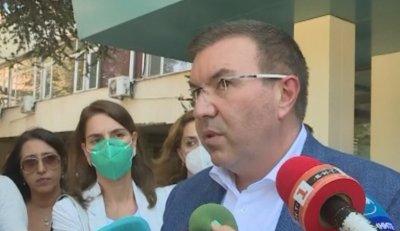 Здравният министър ще иска удължаване на извънредната обстановка до края на септември