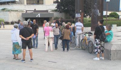 Пред НДК събират подписи срещу блокадите в столицата