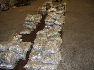 """Задържаха 80 кг марихуана на граничния пункт """"Кулата"""""""
