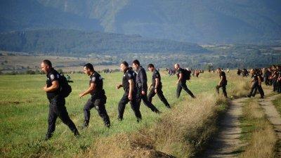 Продължава издирването на Янек Миланов, в търсенето се включва и конна полиция