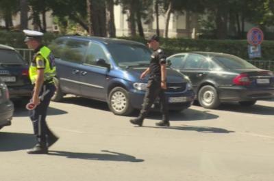 Мъжът, прегазил крак на полицай, остава в ареста за 72 часа