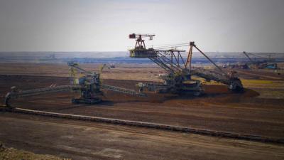 """В """"Мини Марица"""" работят 15 000 души, средната заплата е 1975 лв."""