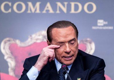 Болният от коронавирус Берлускони е хоспитализиран