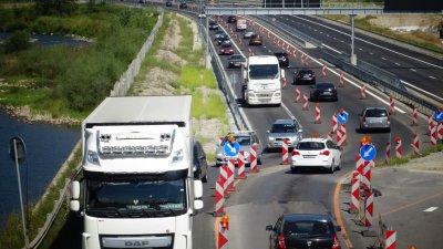 Интензивен трафик в последния почивен ден