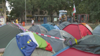 Продължават протестите във Варна