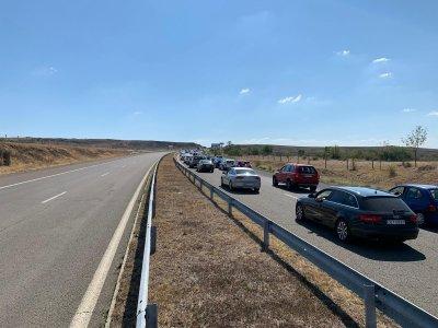 20 км задръстване по магистралата към Бургас заради верижна катастрофа