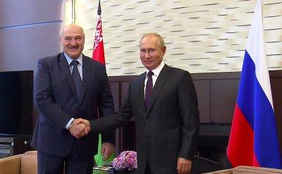 Путин затвърди властта си в Русия. Отпуска заем на Беларус (Обзор)