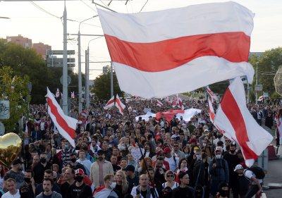 Стотици задържани на протестите в Минск