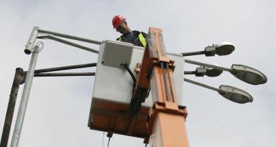 След случая с ударено от ток момче: Започва проверка на мрежите и съоръженията за външно осветление