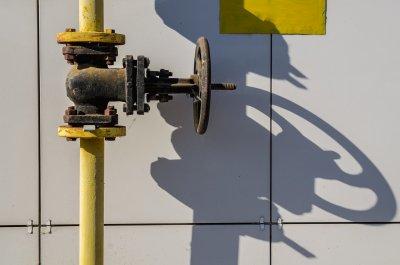 Защо газът остана без цена за десет дни?