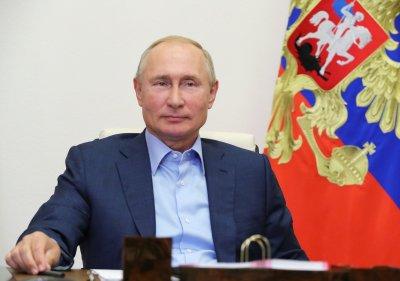 """Отмениха тазгодишната """"пряка линия"""" с Путин"""