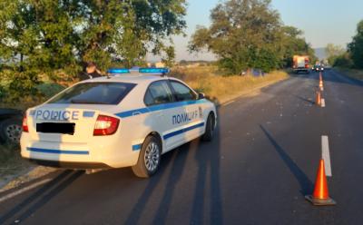 Трима загинаха край Нова Загора при челен сблъсък