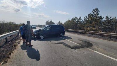 Пожар предизвика верижна катастрофа на подбалканския път (Видео, снимки)