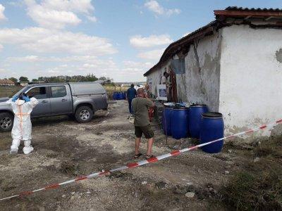 Високорисков склад с над 24 тона пестициди провериха МОСВ и прокуратурата